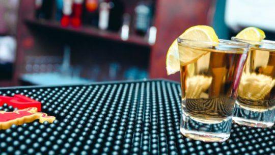 A Man Versus Oils Mansperiment – Essential Oils and a Hangover